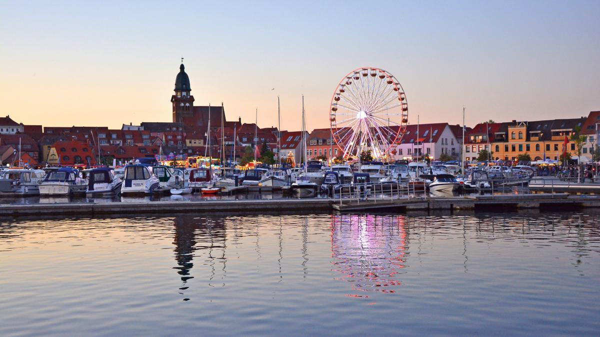 Waren (Müritz) Stadthafen zur Müritz Sail