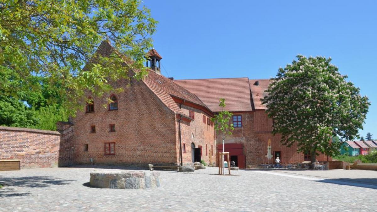 Alte Burg Penzlin Burginnenhof