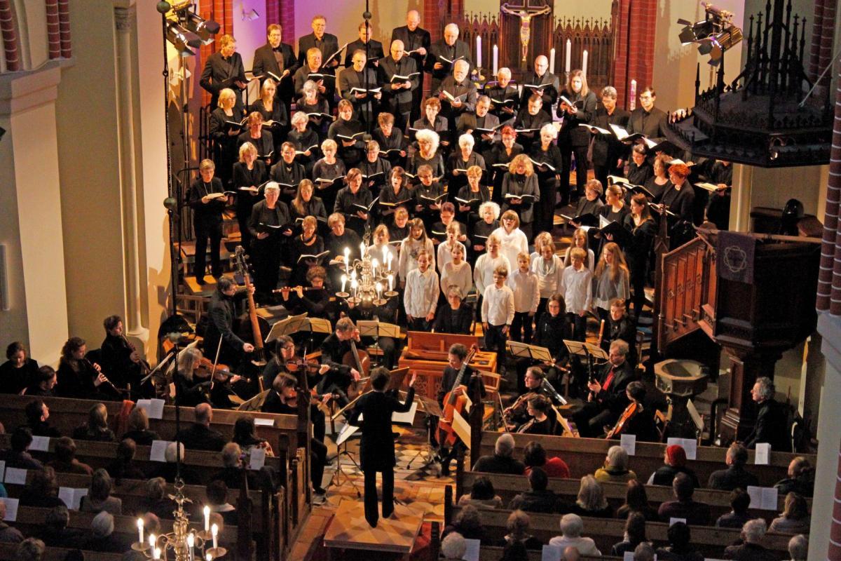 Kantatenchor und -orchester mit Kinderchor in der Georgenkirche