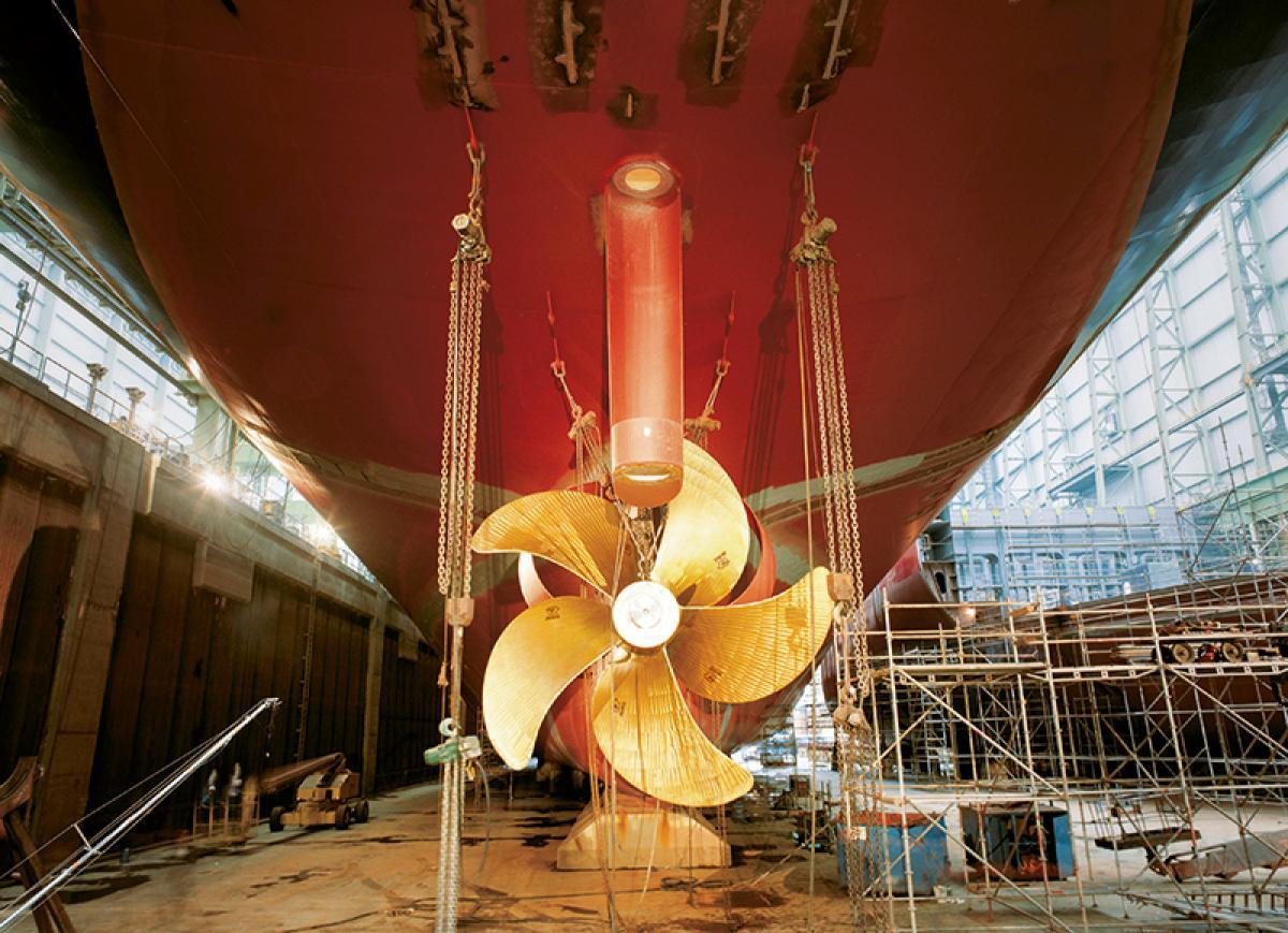 Schiff mit Propeller