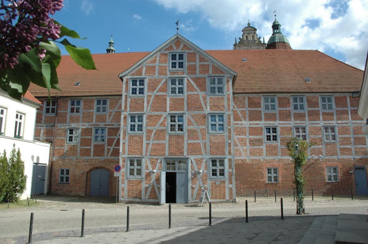 staedtische-galerie-wollhalle-christoph-nahr_2